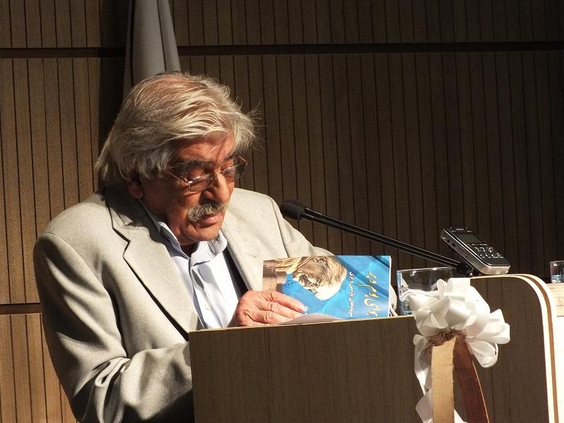حمید ایزدپناه: از لُرستان من چه قدرم؟ هیچ