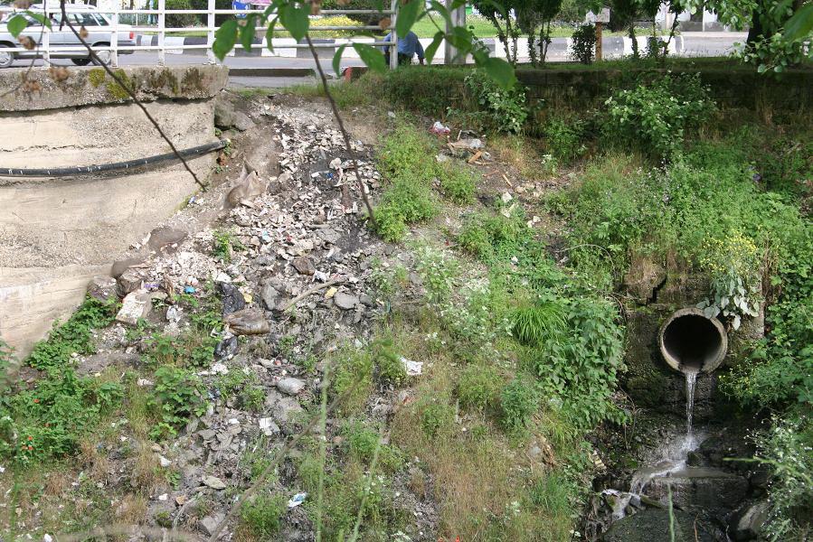احیای رودخانههای رشت بدون حذف فاضلاب شهر صنعتی رشت بیهوده است