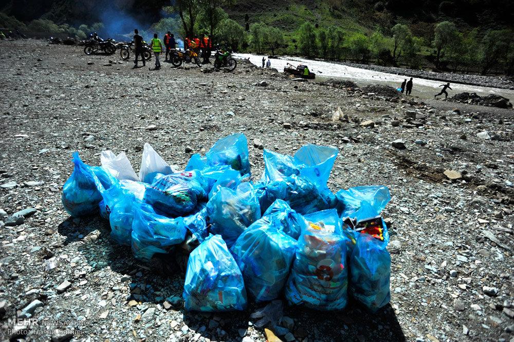 منطقه هندیکش دورود از زباله پاکسازی شد