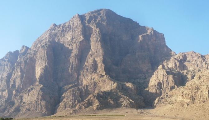 یافته کوه اسرارآمیز خرمآباد - گلونی
