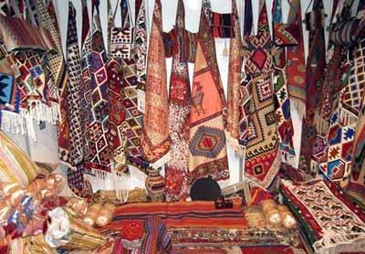 نمایشگاه آثار بومی در دورود