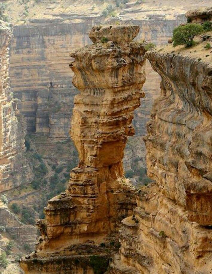 ثبت برج سنگی شیرز