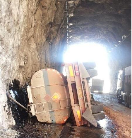 مصیبت کشکان با تانکرهای سوخت
