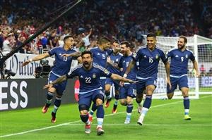 صعود آرژانتین به فینال با گل فضایی مسی (ویدئو)