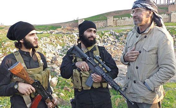معرفی کتاب ده روز با داعش