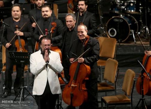 کنسرت ناصر چشمآذر با یاد عباس کیارستمی