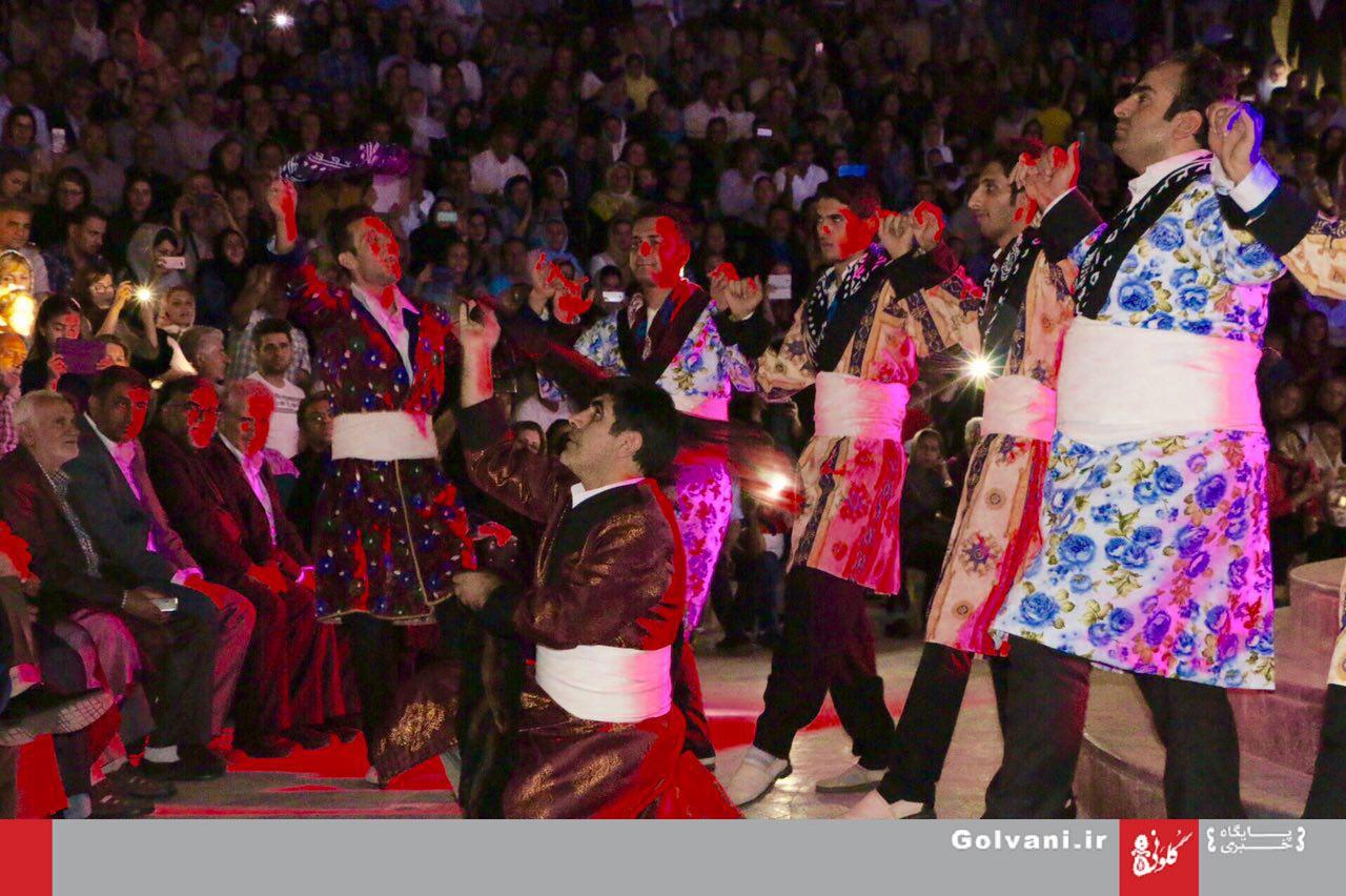 گزارش تصویری/بوستان گفتوگو لبریز از موسیقی لری
