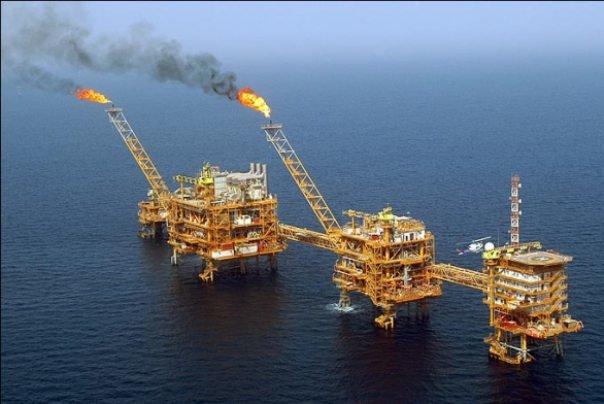 خلیجفارس زبالهدان سکوهای نفتی