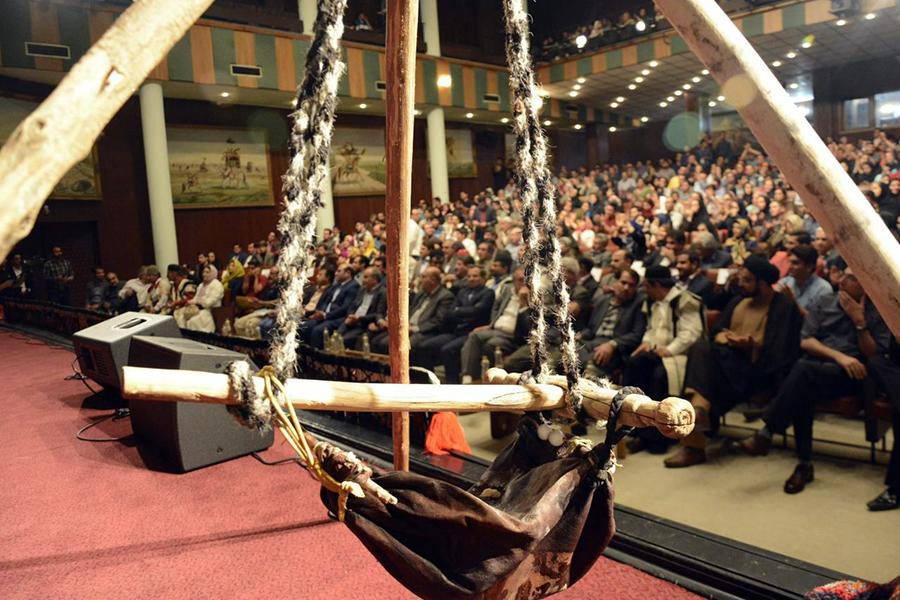 برگزاری جشنواره فرهنگی قوم لر در دانشگاه تهران