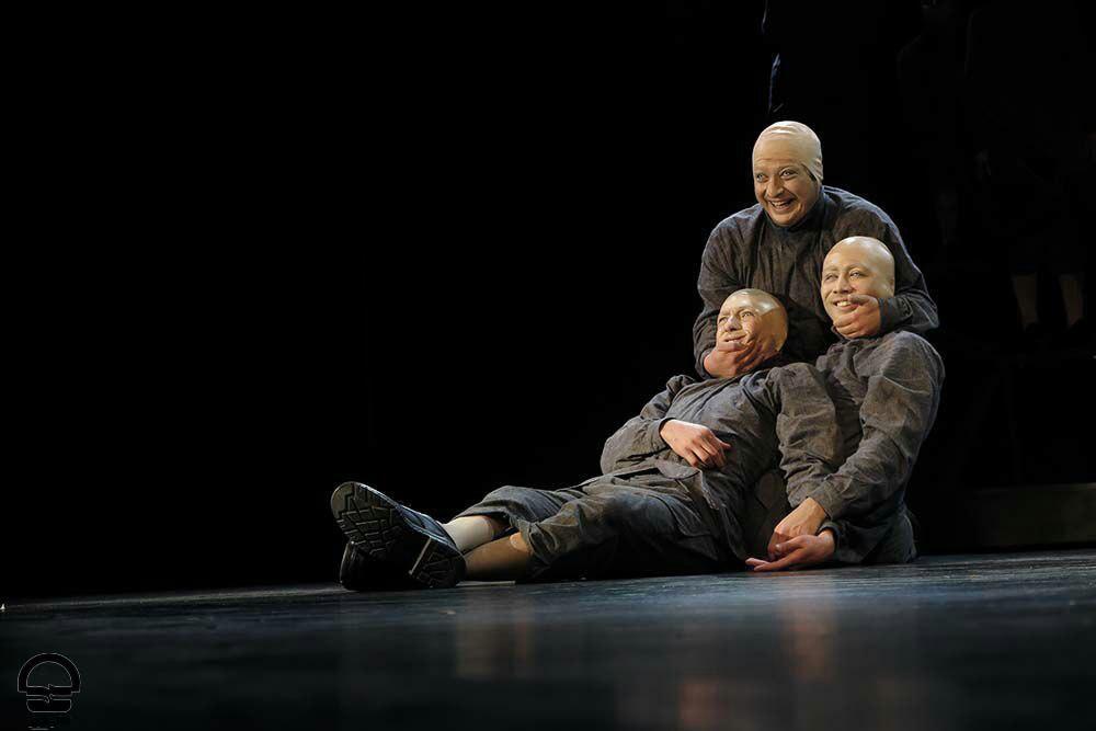 دیدن یک داستان عجیب در تالار سایه تئاتر شهر