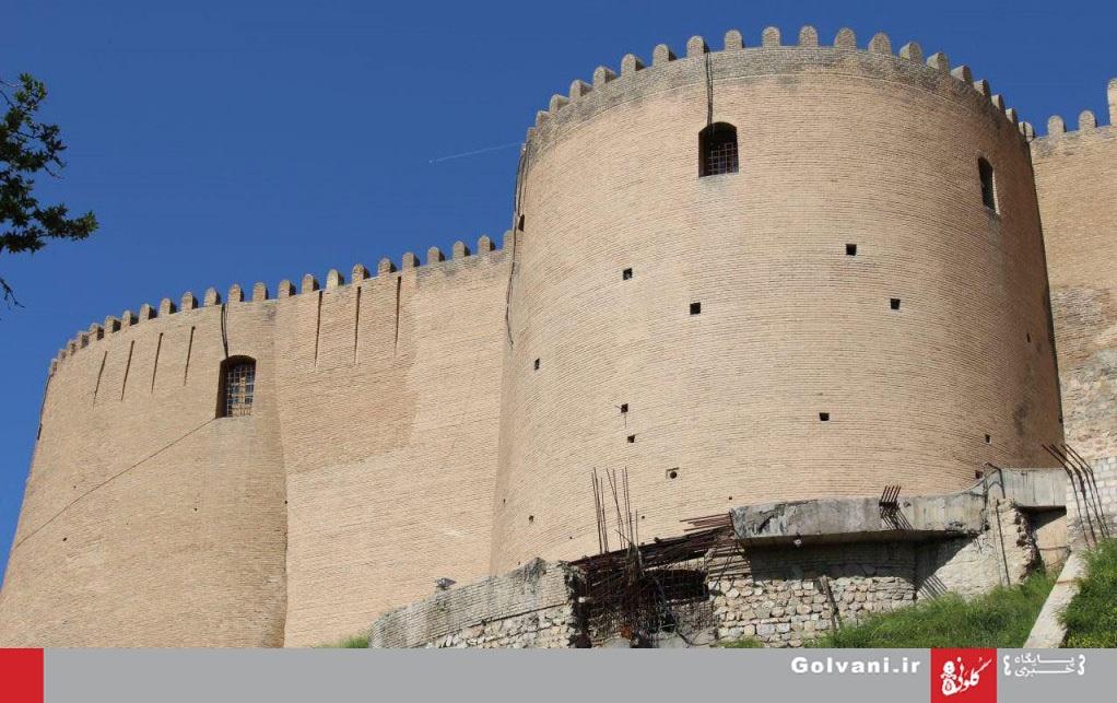 عملیات استحکامبخشی پی قلعه فلکالافلاک نیمهکاره رها شده است