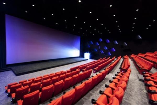 فیلمها و تئاترهای جدید تابستانی
