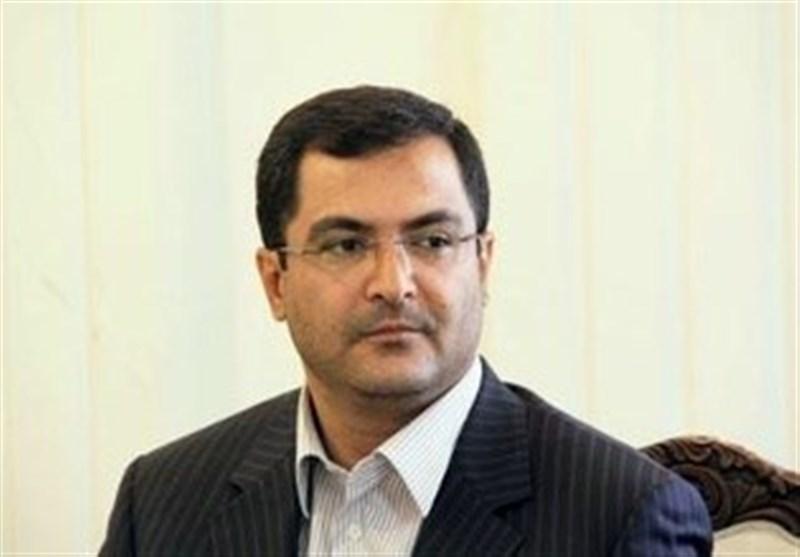 وزیر نیرو حق لرستان در تخصیص آب را ادا کند