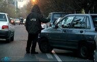 پارکبانها به ماشینها خط میاندازند