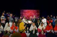 تجلیل از محمود بصیری در بنگاه تئاترال