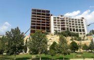 انتقاد استاندار لرستان از وضعیت هتل صخرهای