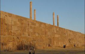 از بناهای هخامنشی تا مسکن مهر