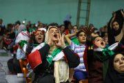 پادرمیانی مطهری برای حضور زنان در ورزشگاهها
