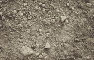 منابع خاکی ایران روبه نابودی است