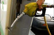 زنگنه احتمال افزایش قیمت بنزین را تکذیب نکرد