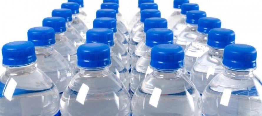 یک بطری آب صددرصد فرانسوی