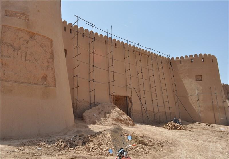 نیمی از بناهای ثبتشده در شهرستان سرخس نیازمند مرمت است