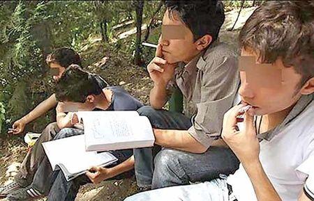 خدا را شکر دانشآموزان گل میکشند