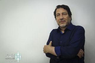 ضعفهایی در نمایشنامهنویسی ایران است که در رشتههای دیگر نیست