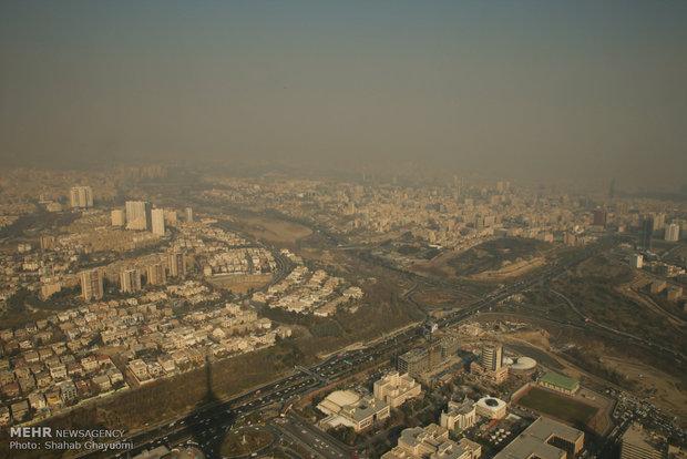 خشک شدن تالابهای اطراف تهران از دلایل اصلی آلودگی هوا است