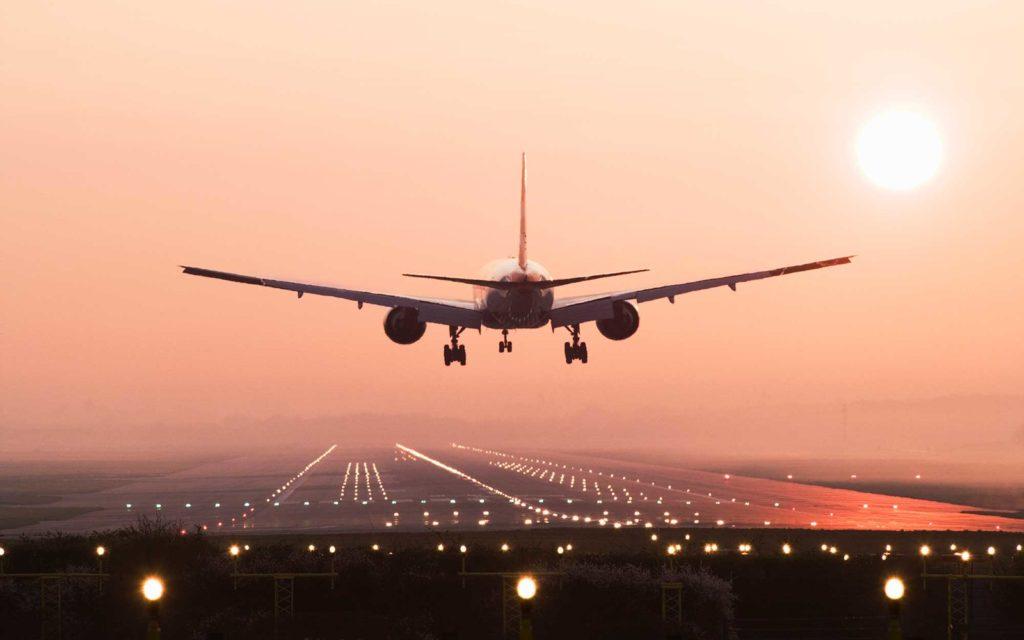 یک مهماندار هواپیما: چرا مردم ما را مسخره میکنند؟