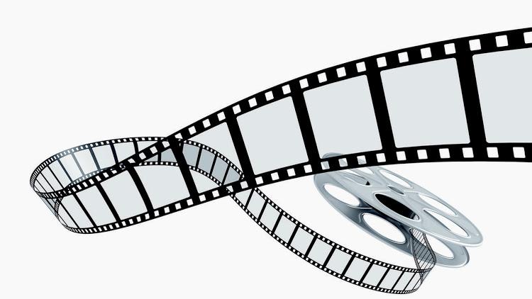 گزارش روز نخست جشنواره فیلم فجر در رادیو گُلوَنی