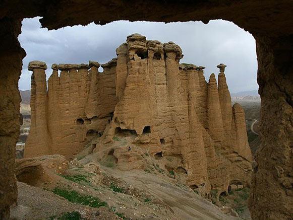 قلعه بهستان ماهنشان را ببینیم
