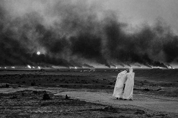 سباستیائو سالگادو عکاس صحرای آتش