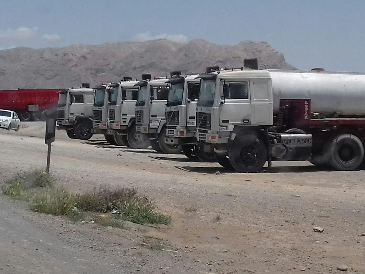 اعتصاب رانندگان کامیون در چند شهر