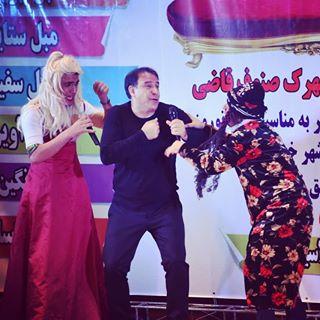 طنز لری در تهران معنی ندارد