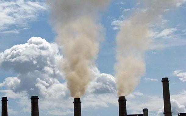 ۱۲ واحد صنعتی آلاینده در آبیک اخطاریه زیست محیطی دریافت کردند