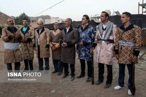 مردان در لباس لری