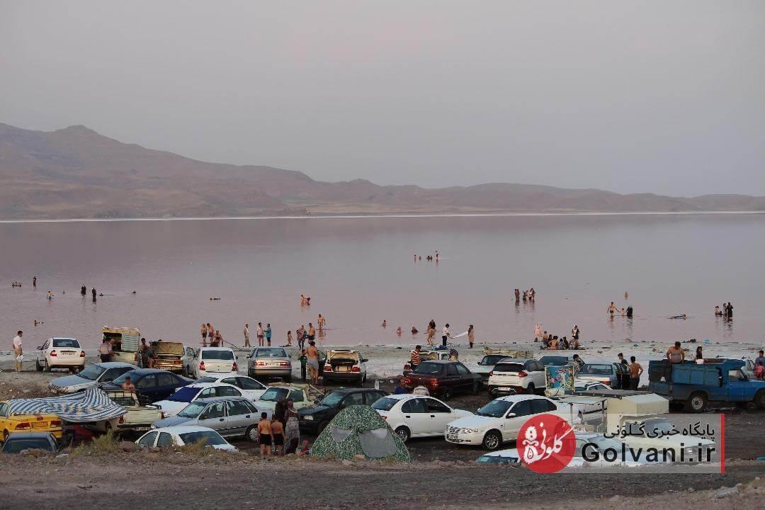 دریاچه ارومیه را آب برد، مسئولان را خواب