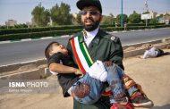 عکس معروف از حادثه تروریستی اهواز