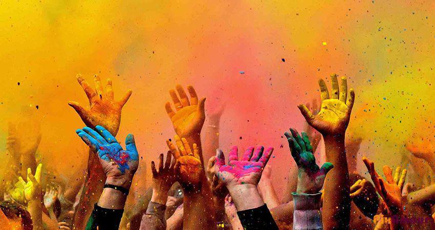جشنواره رنگ در طبیعت به محیط زیست آسیب میزند