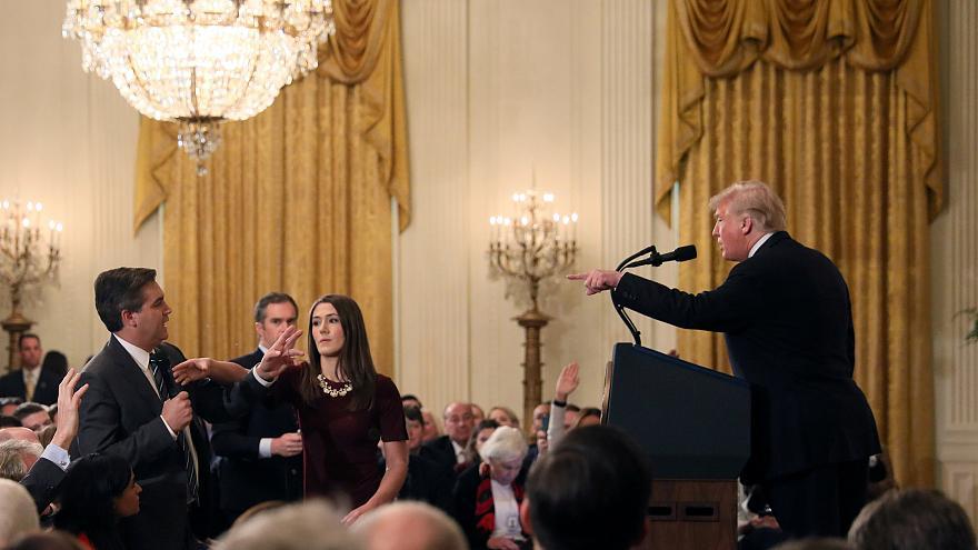 خبرنگاران چگونه مقابل ترامپ ایستادند