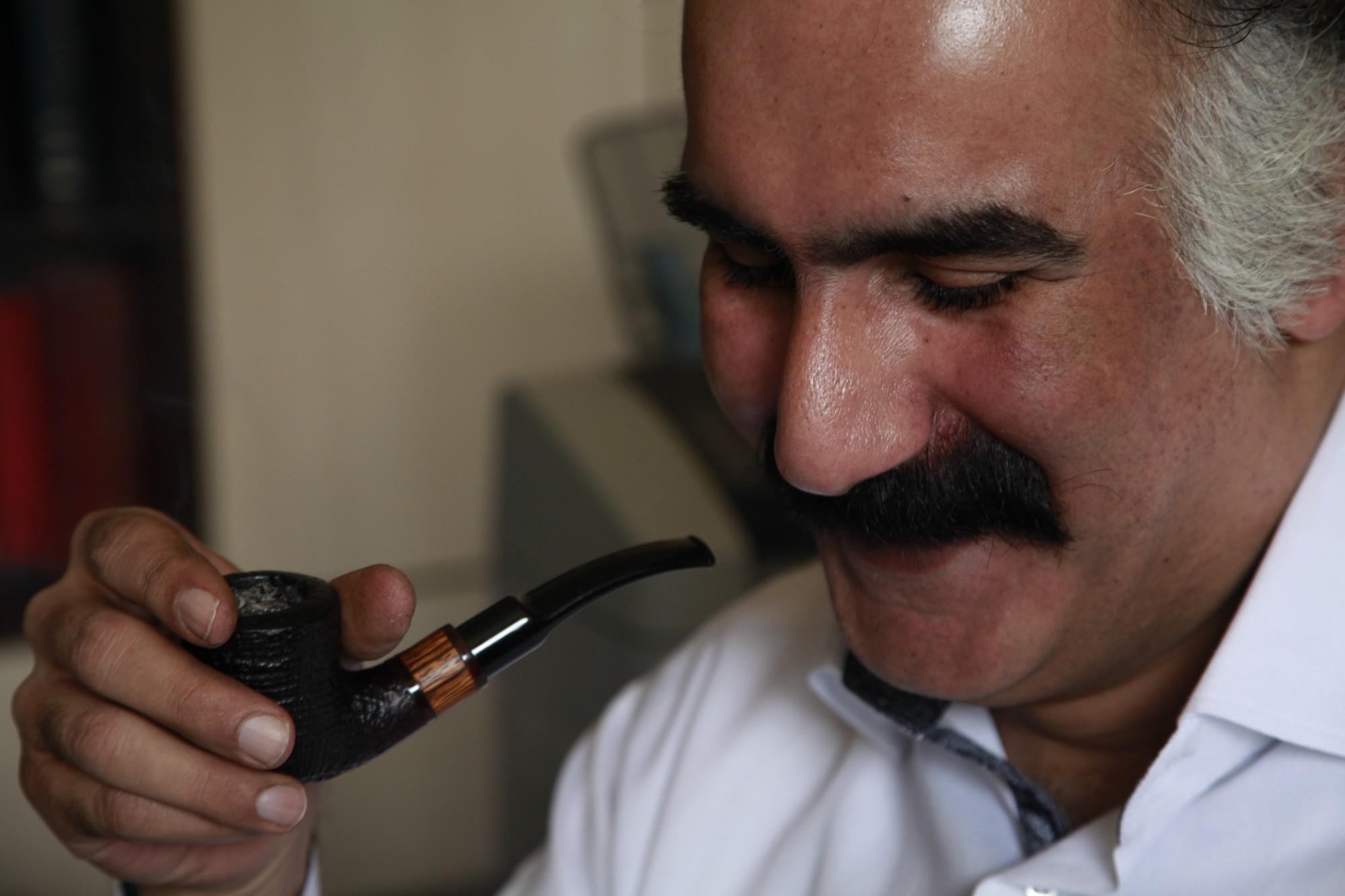 آقای زرویی نصرآباد رفتن آدابی دارد سن و سالی دارد