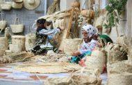 سفاف یا حصیر بافی یکی از انواع صنایع دستی است که از درخت خرما درست میشود