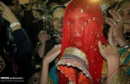 در عروسی کیش در گذشته لباس های محلی بیشتر مورد استفاده قرار میگرفت
