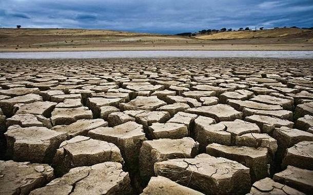 بزرگترین عبادت در منطقهای که ما زندگی میکنیم بها دادن به آب است