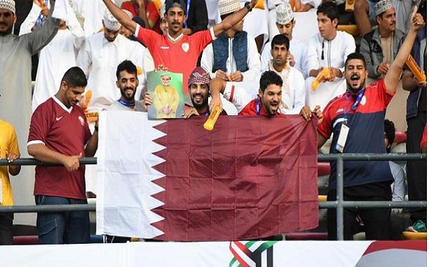 علی عیسی احتمالا غمگینترین طرفدار تیم ملی فوتبال قطر است