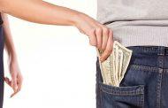مدیر شما بهتر از شما میداند که شما الان به پولتان نیاز دارید یا ندارید