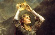 پادشاهان در چه دورانی و در کدام سرزمینها به عنوان خداوند معرفی میشدند؟