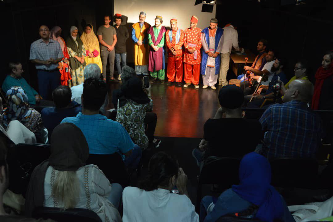 مراسم اهدای گواهینامه پایان دوره کارگاه سیاه بازی خانه تئاتر برگزار شد
