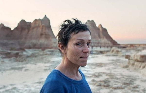 معرفی فیلم سینمایی خانه به دوشها محصول سال 2020